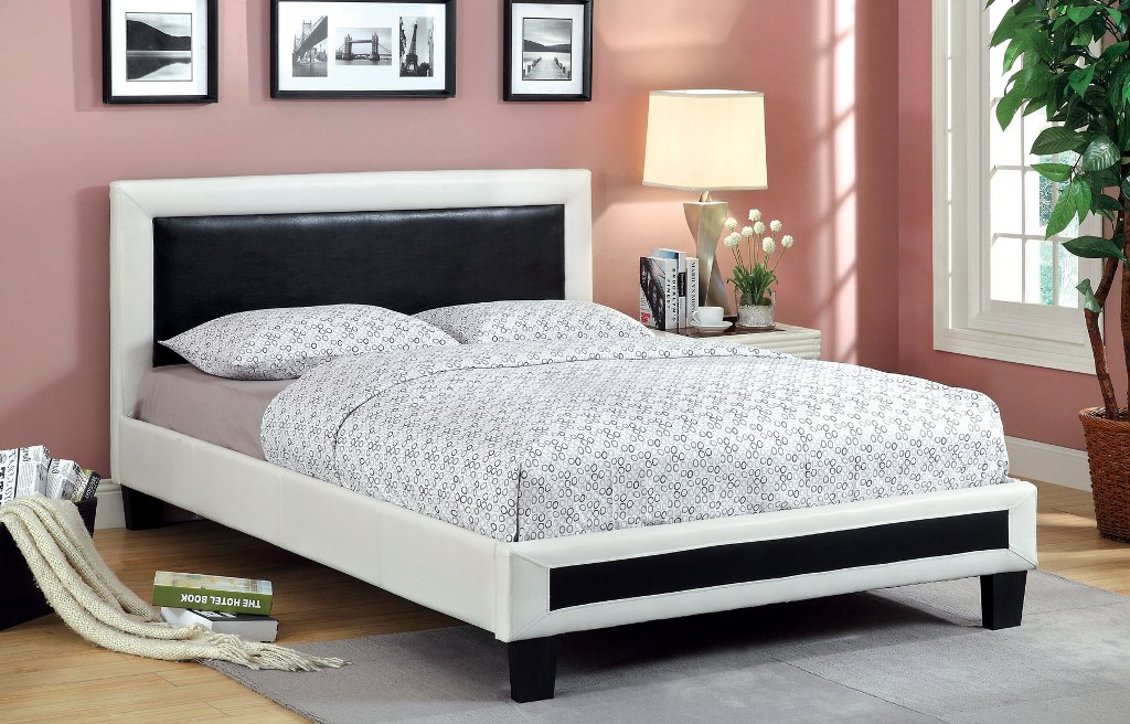 Robles White Black Padded Leatherette Headboard Cal.King Bed
