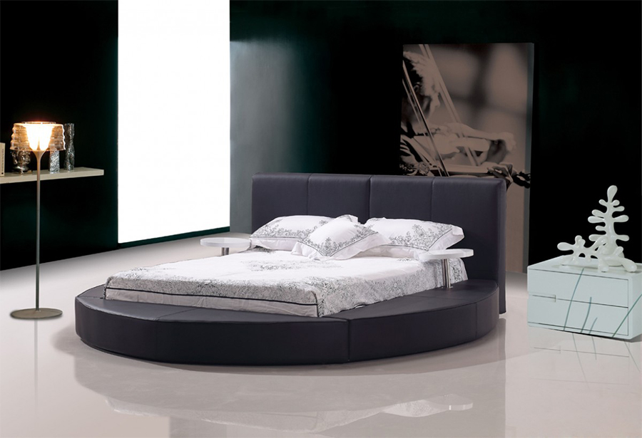 Black Bonded Leather Queen Round Bed