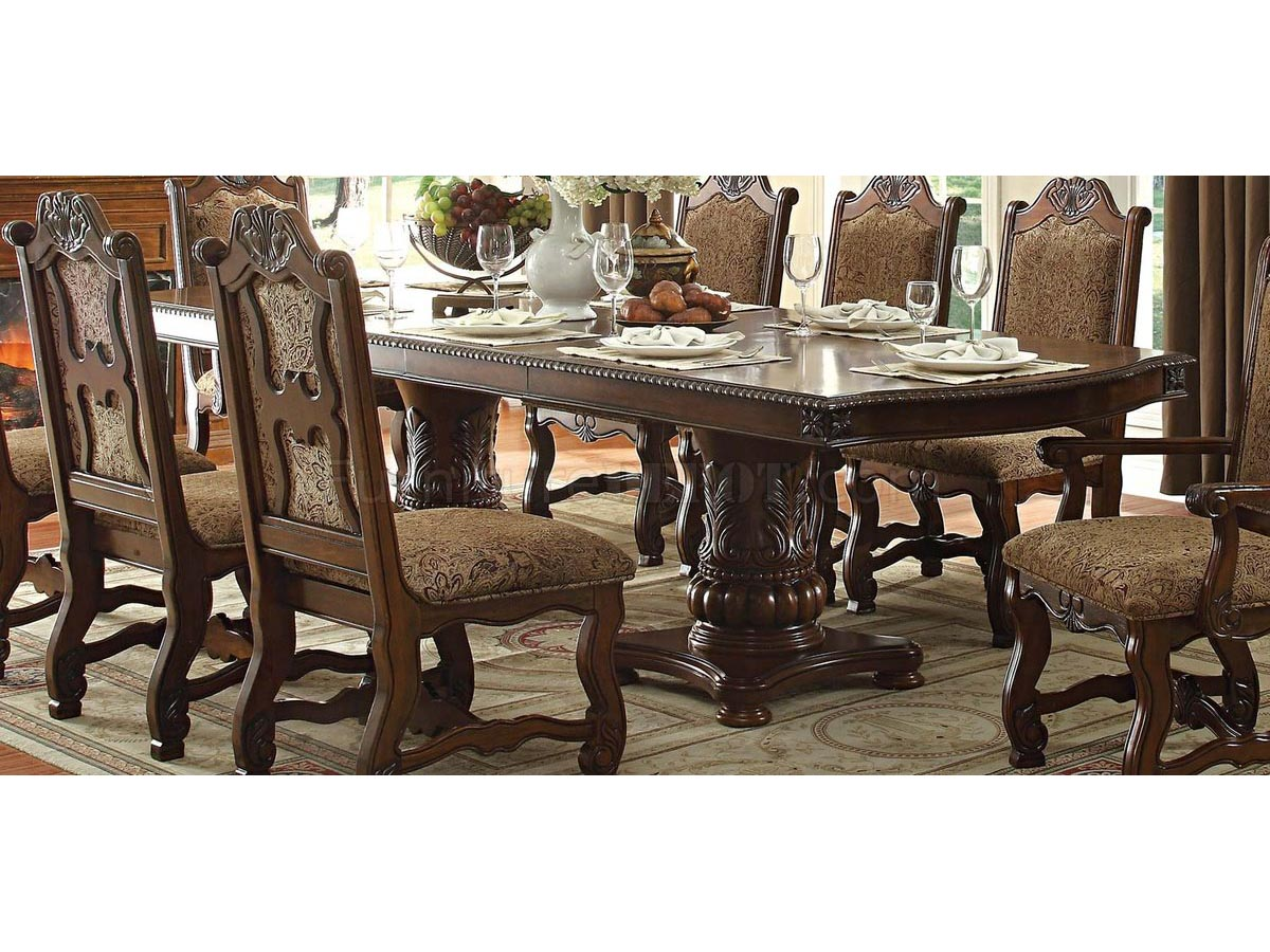 Cedar Heights Dining Room Set