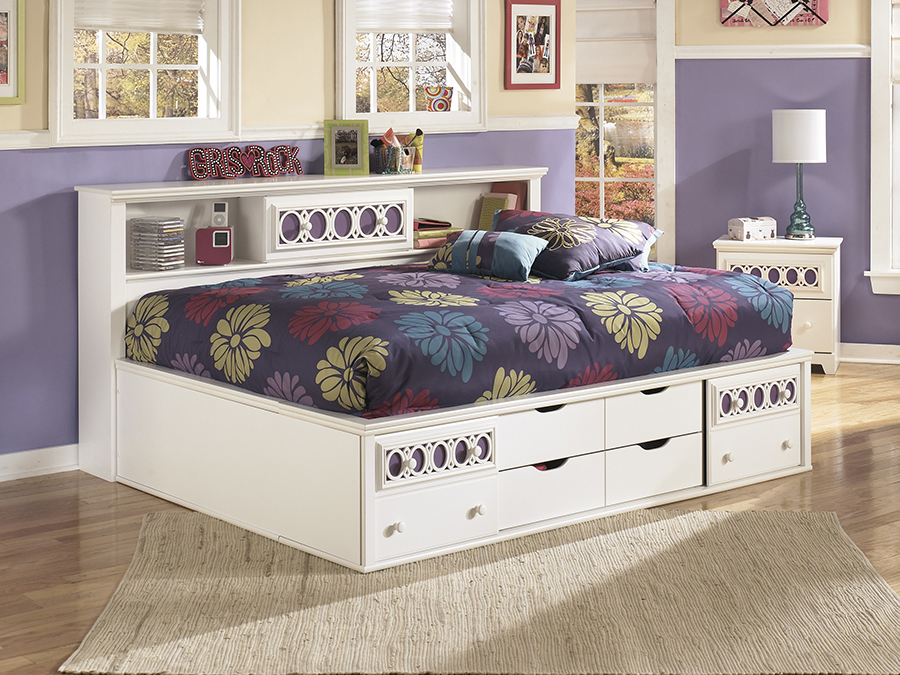 Zayley White Full Bookcase Bed