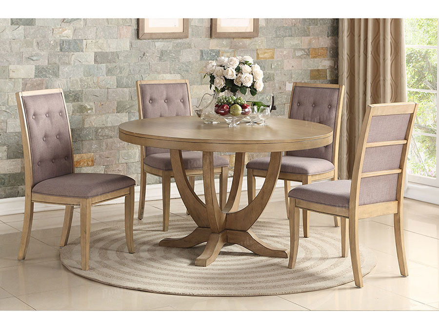 Good Wood Round Dining Set In Light Natural