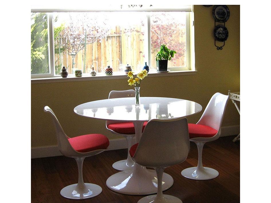 Lippa 40 Round Fibergl Dining Table Set In White