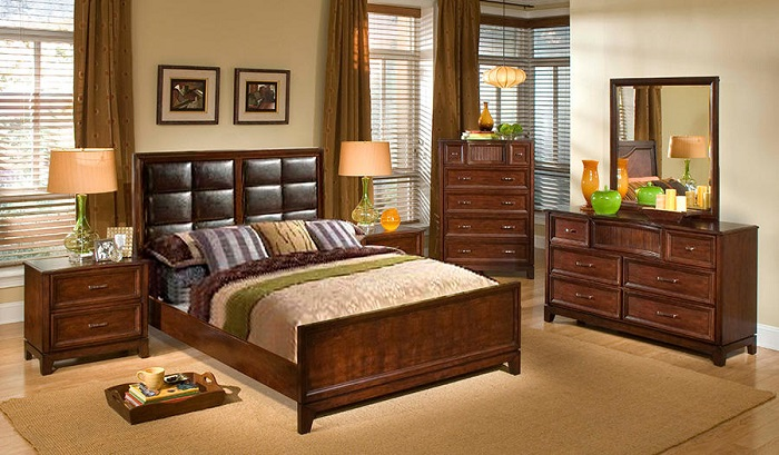 Melrose Upholstered Bed